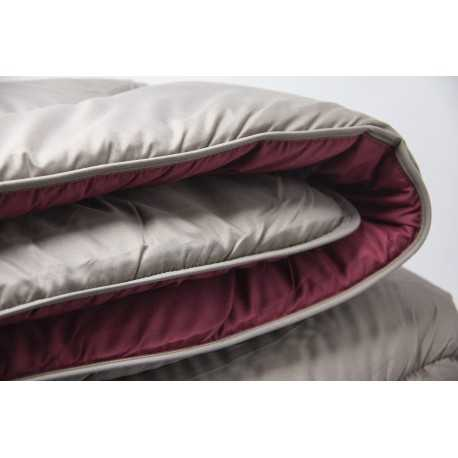COUETTE CONFORT TAUPE/ROUGE TERRE